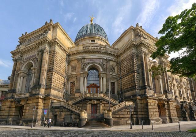 Dresdon Museum Pano